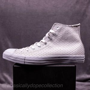 Chuck Taylor ALL STAR HI WHITE OUT